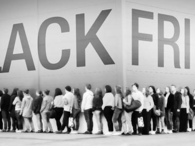 """Hoy es el viernes del Black Friday, y parece que este año en España adoptamos de manera masiva este día """"tan americano""""."""